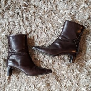 Y2K brown leather booties size 39